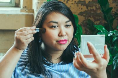 CLINIQUE Rouge Wundercurves Frühlings-Make-up