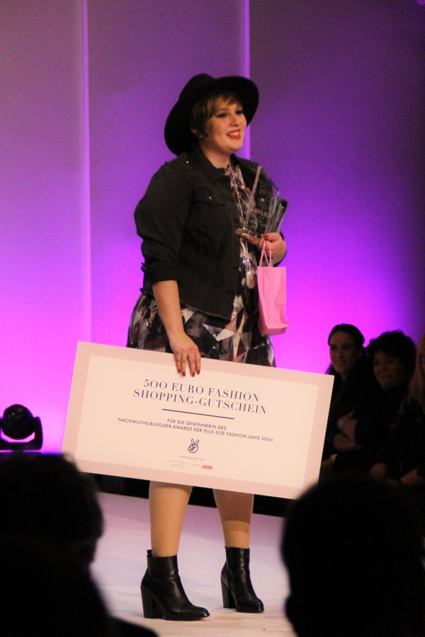 Wundercurves Plus Size Fashion Days 2016 Luciana Blümlein Best Blogger Award Luziehtan.