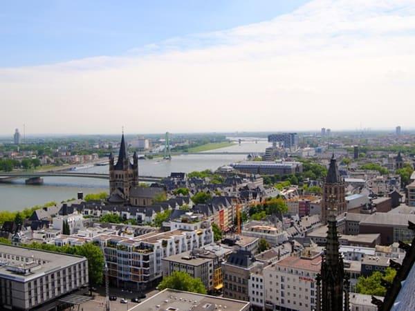 5d85ffe2c19d25 Große Größen in Köln ergattern – mit dem Storefinder in Sekunden