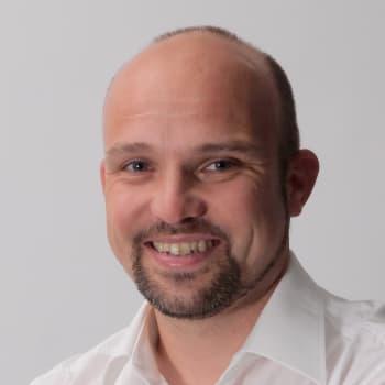 Matthias Geisler Wundercurves