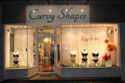 Schaufenster Curvy Shapes