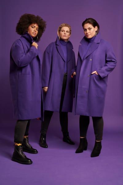 Mantel im Oversize-Schnitt der neuen Kollektion