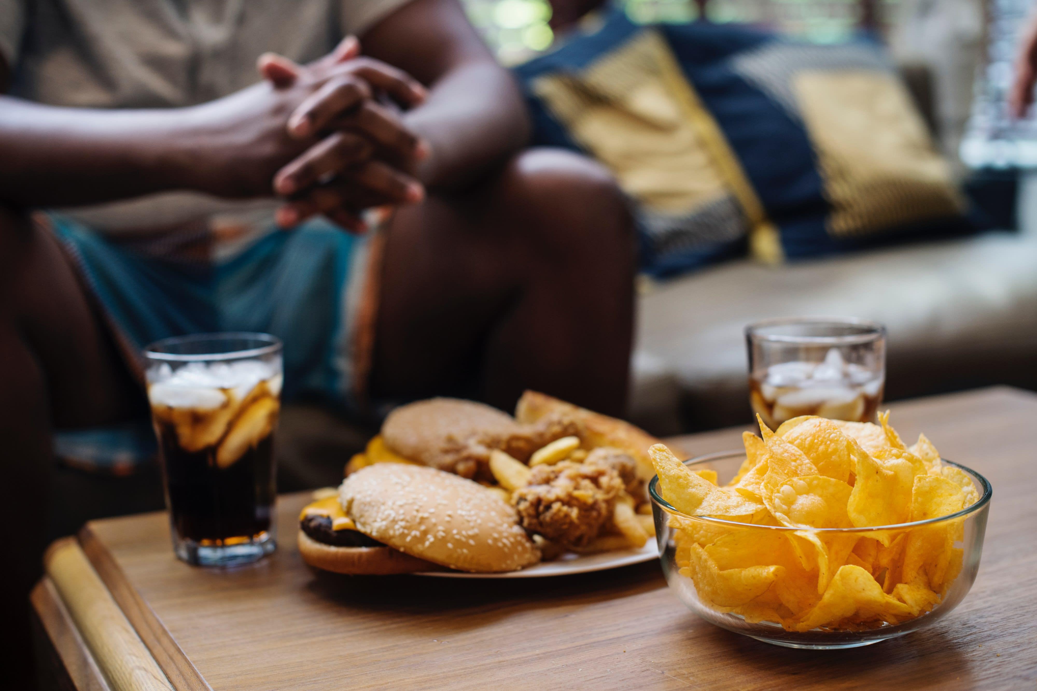 Vorurteil: Dicke sind faul, schwitzen und essen Fast Food