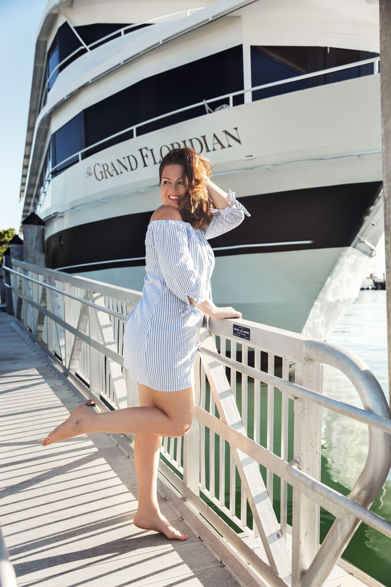 Model Maren Kissing