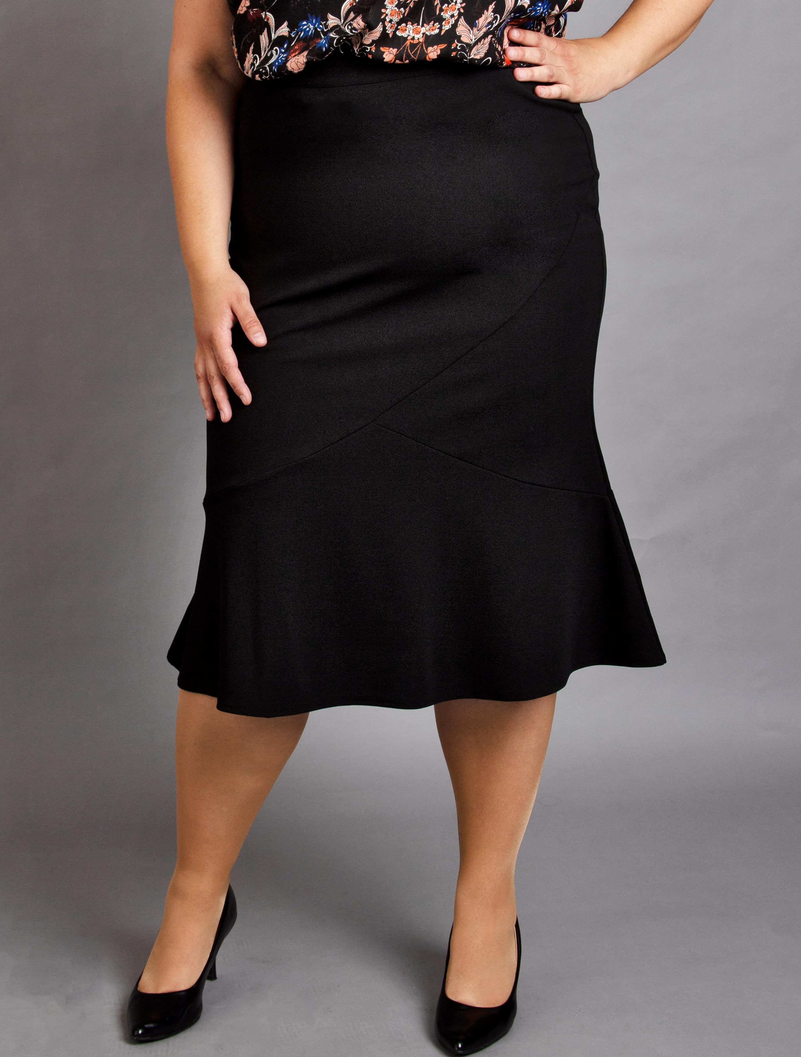 e8694fed221f ♥ Röcke große Größen ♥ Riesige Auswahl bei Wundercurves