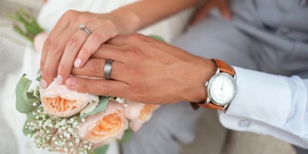 Wundercurves Brautmode im Fachgeschäft