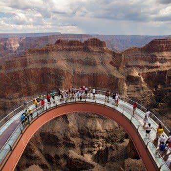 GRAND CANYON SKYWALK HELICOPTER TOUR