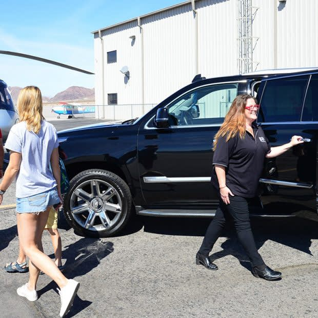 PRIVATE LAS VEGAS HELICOPTER STRIP FLIGHT INCLUDING VIP CADILLAC ESCALADE TRANSPORT