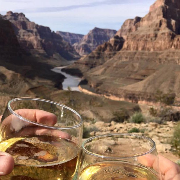 Grand Canyon Floor Landing Helicopter Tour with Champagne Picnic