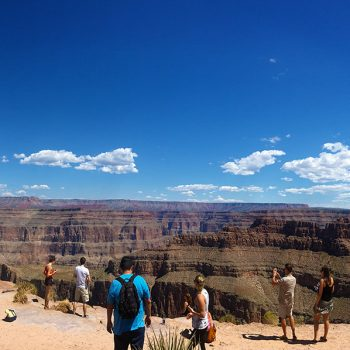 grand-canyon-helicopter-rim-landing-tour