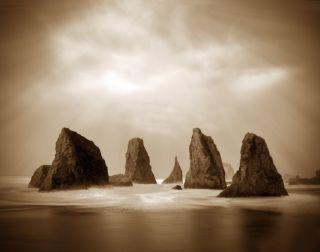 Rising Tide, Bandon, Oregon
