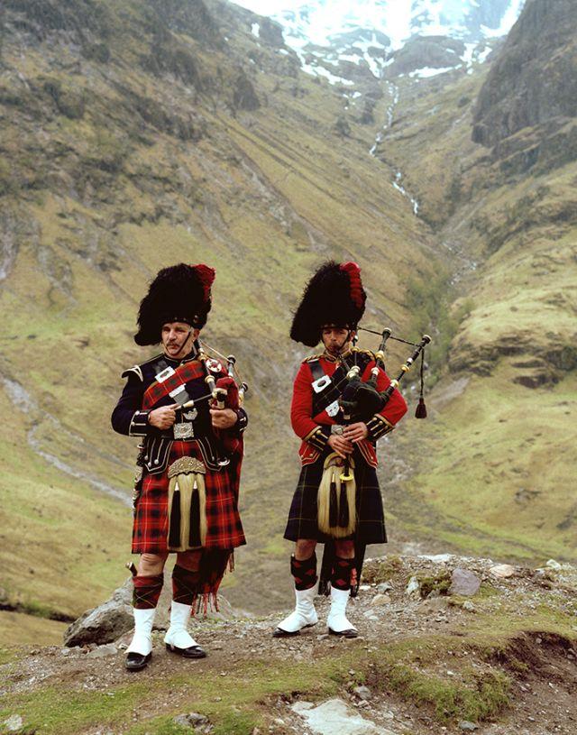 Pipers at Glencoe