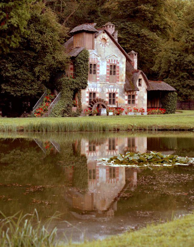 Le Hameau de Marie Antoinette, France