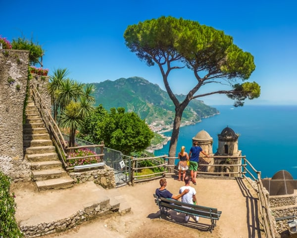 Amalfi-kysten (F, M)