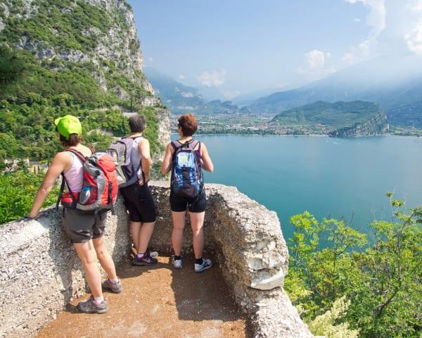 Vandring Monte Luppia - Albisano (F, L)
