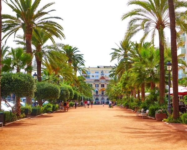 Byvandring i Lloret de Mar (F, M)