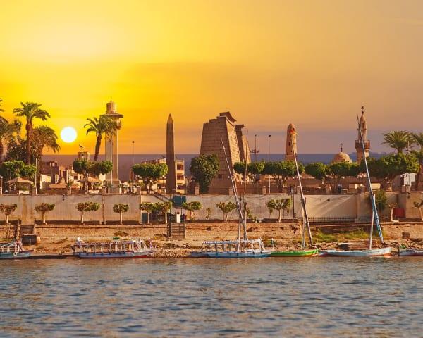 Luxor (F, M)