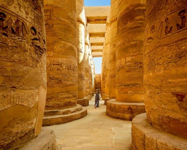 Luxor (M)