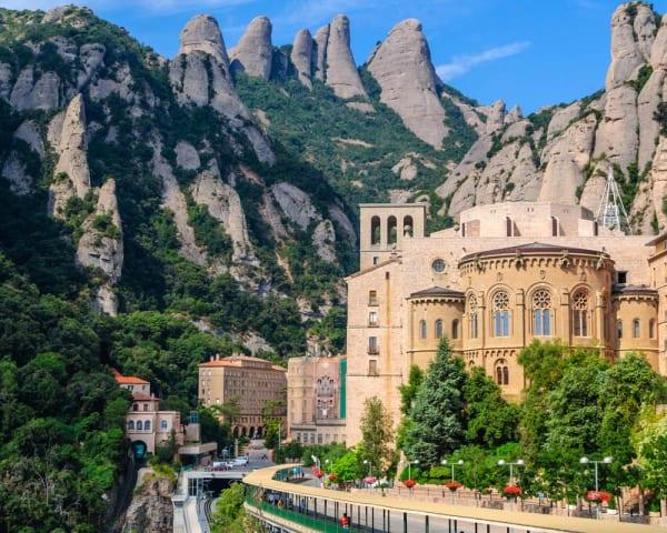 Valgfri utflukt til Montserrat (F, L)