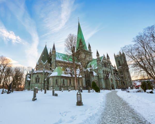 Trondheim � Kristiansund - �lesund (F, L, M)
