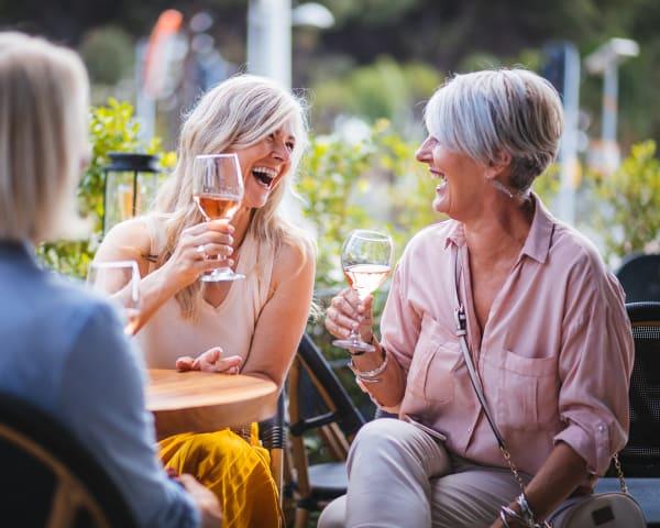 Bli kjent og vinsmaking (F, L, M)