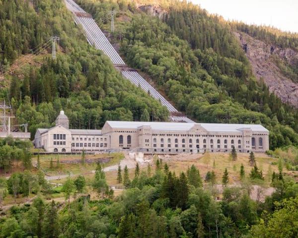 tor 29. juli - Heldagstur til Rjukan og Vemork (F, L, M)