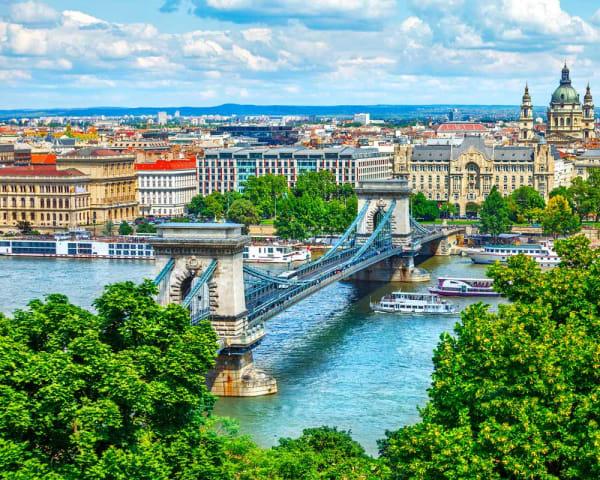 5. aug    Oslo � Budapest (L, M)
