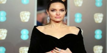Hollywood Actress Angelina Jolie Wants Divorce Finalised By End of 2018