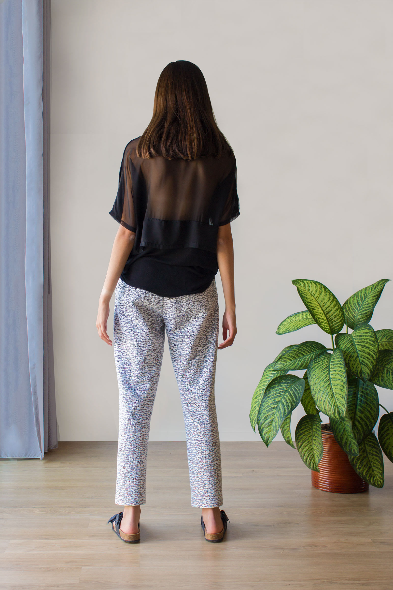 GRAPHIC-TROUSERS-WHITE_-2