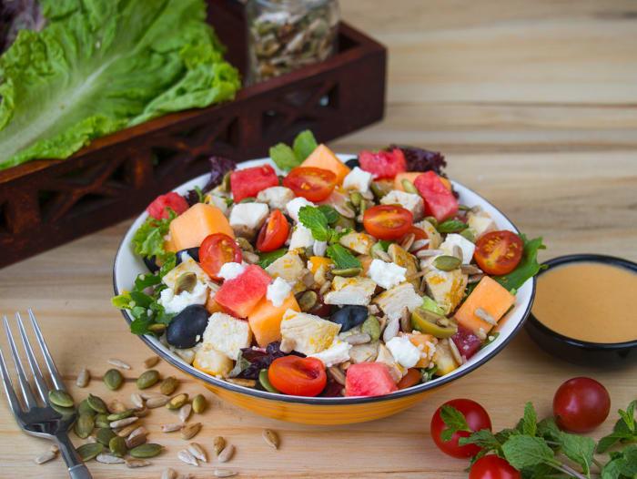 Summery Feta-Melon & Chicken Salad