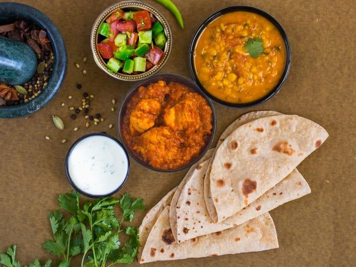 Tawa Chicken, Dal Tadka & Rotis