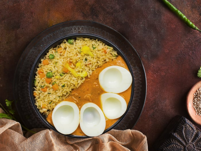 Masala Egg Curry & Vegetable Pulao