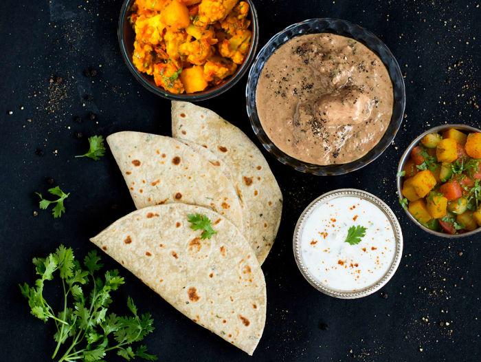 Murg Kali Mirch, Aloo Gobi & Rotis