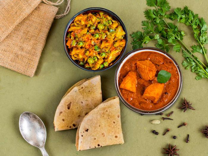 Light: 2 Rotis, Chicken Chettinad & Patta Gobi