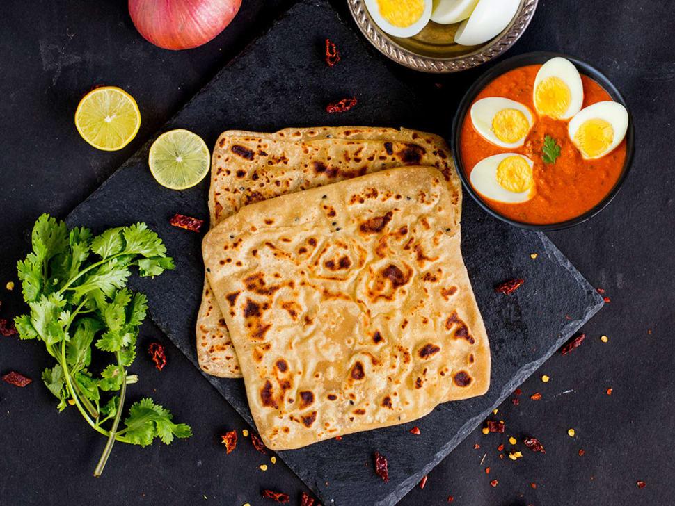 Boiled Egg Masala with Tawa Parantha
