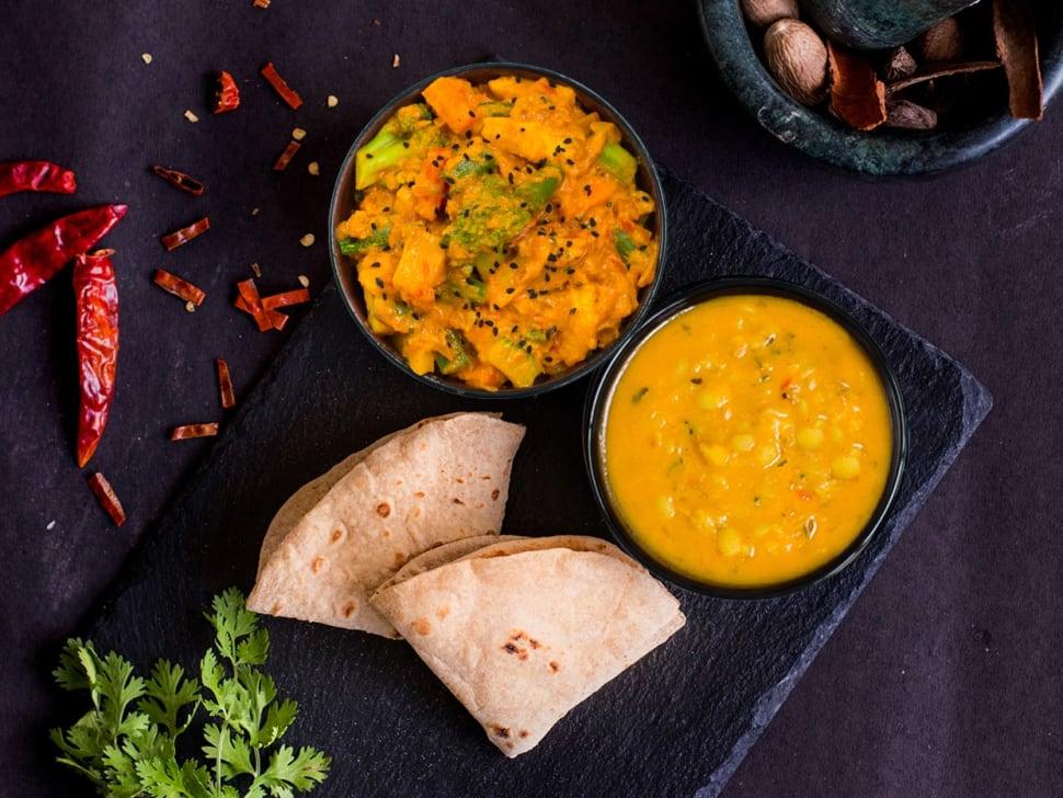 Light: 2 Rotis, Roast Veg & Punjabi Dal Tadka