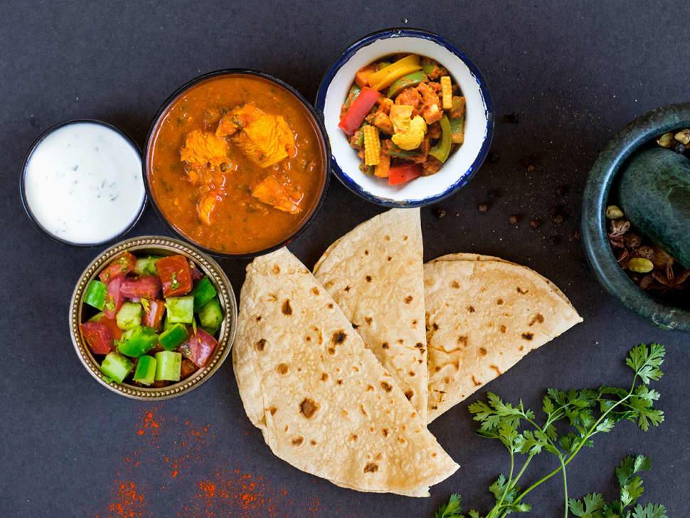 Chicken Curry, Tawa Sabzi & Rotis