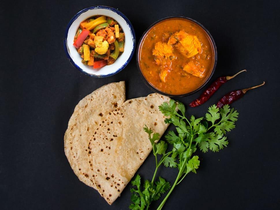 Light: 2 Rotis, Chicken Curry & Tawa Sabzi