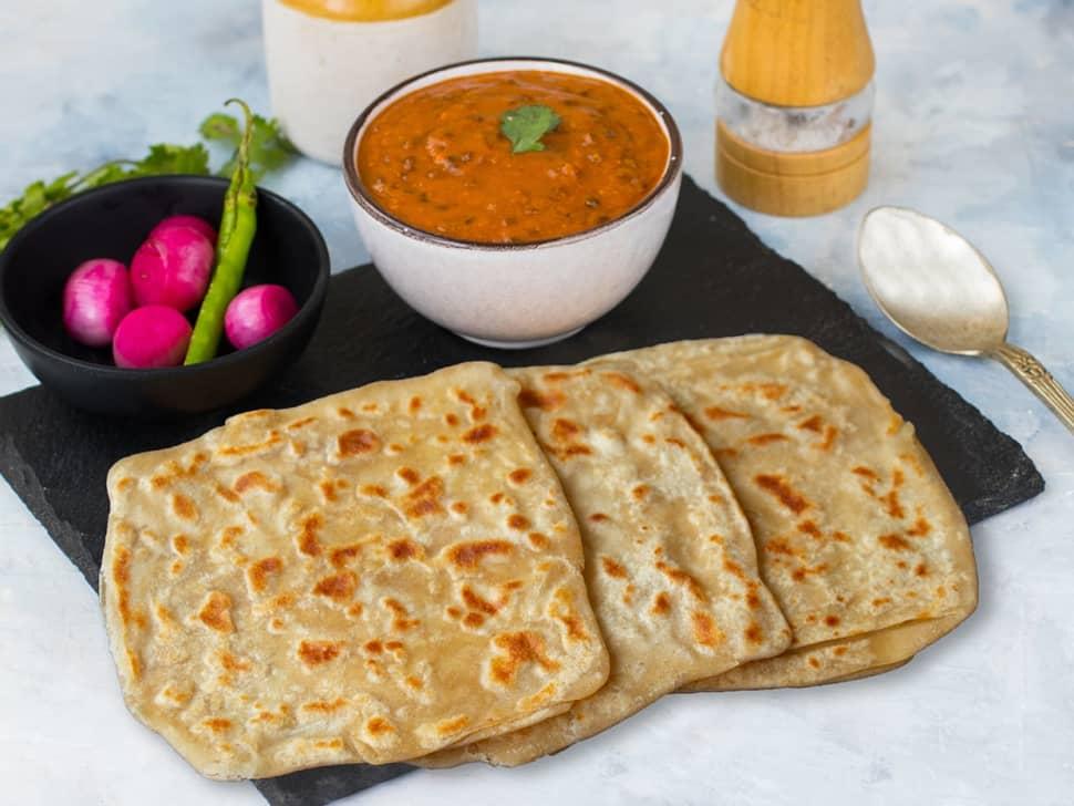 Dal Makhani & Tawa Paranthas Meal