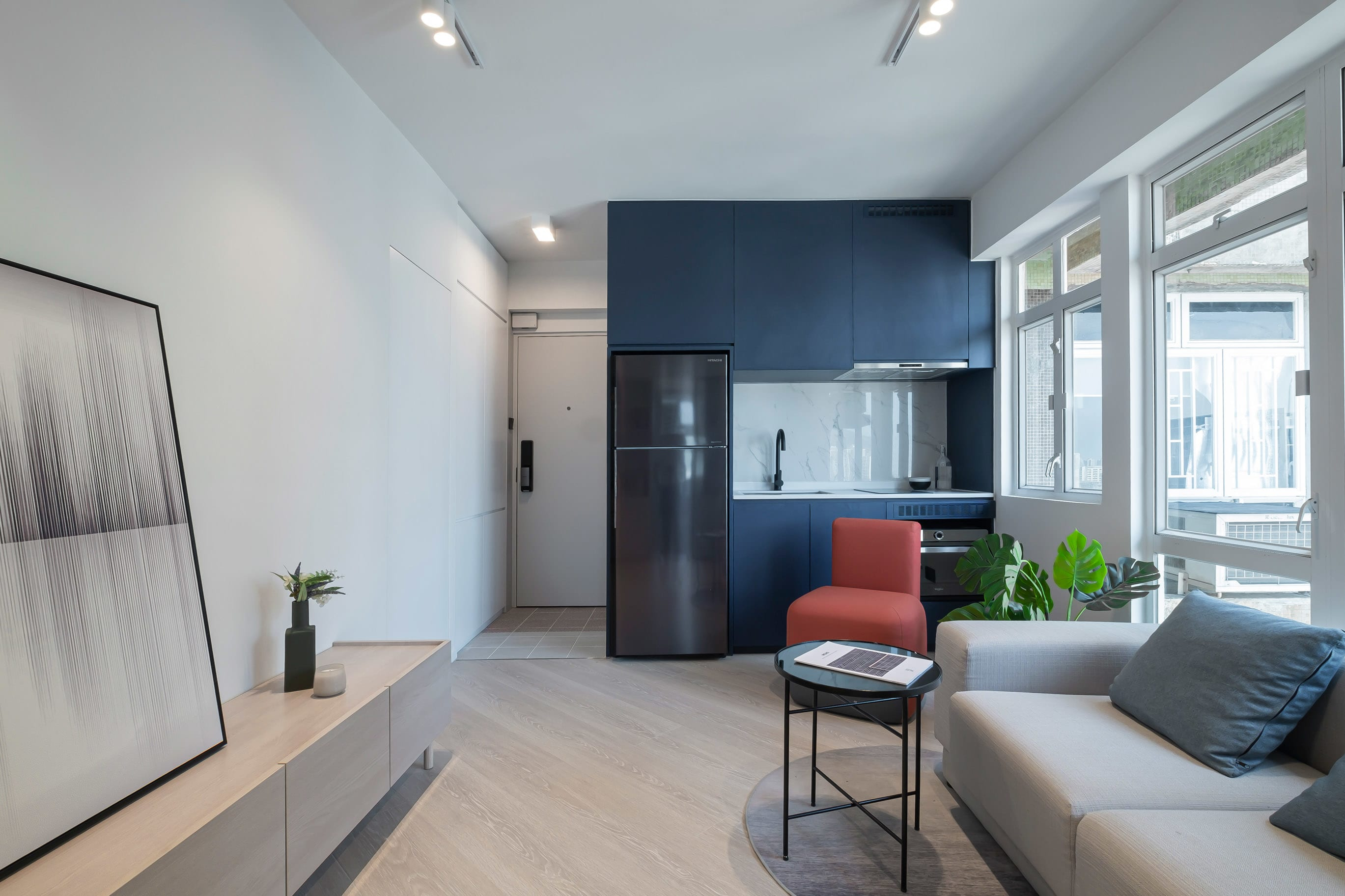 https://res.cloudinary.com/www-designidk-com/image/upload/v1627366105/articles/8918/Waldorf-Garden-zinc-studio-interior_4_sqemm6.jpg