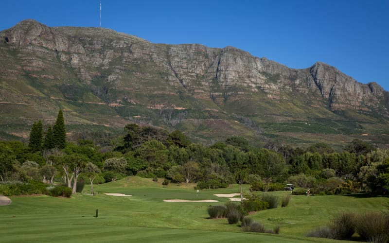 Steenberg Golf Club: 4-Ball Walking Deal only R1 999!