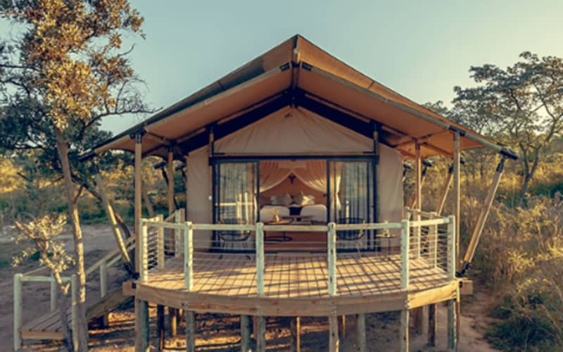 Mdluli Safari Lodge, Kruger: 1 Night for 2 in a Luxury Tent + Meals & 1 Game Drive @ R5 292 pn!