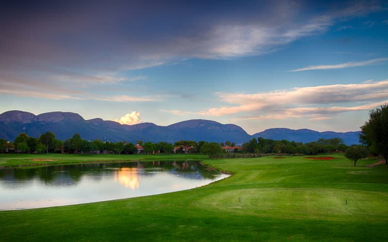 PECANWOOD GOLF & COUNTRY CLUB: 4-Ball INCLUDING Carts for only R1 499!