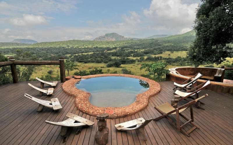Leshiba - Brand NEW Lavish Suites: FULL Board Stay - 1 Night for 2 people @ R4 999 p/n!