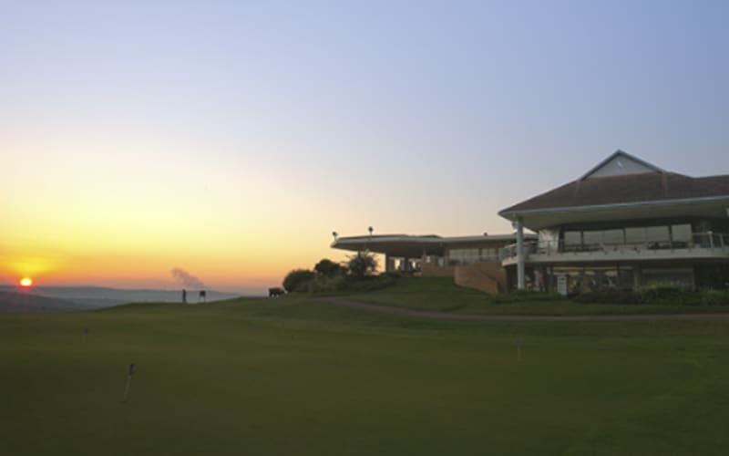 Victoria Country Club 2020: 4-ball deal + Carts for only R1 579!