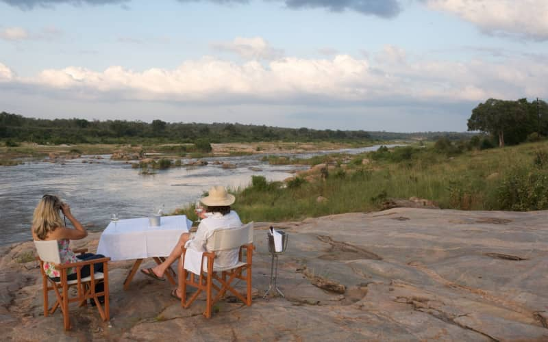 Mjejane River Lodge, KRUGER NATIONAL PARK: 1 Night LUXURY Stay for 2 + Game drives & Meals for R3 999 pn!