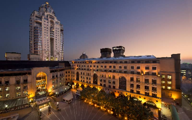 The Michelangelo Hotel, Sandton: 1 Night Special + Breakfast from R1 790 per night!