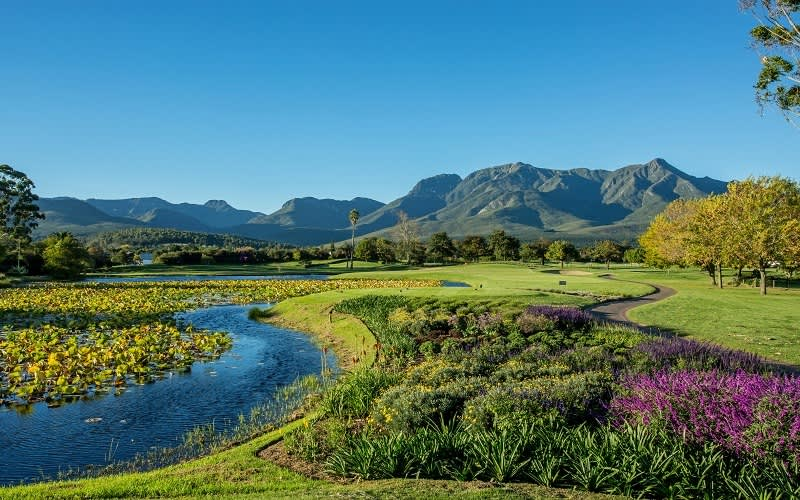 FANCOURT- GOLF TOUR DEAL- 2 Night Stay for 2 Golfers + 4 ROUNDS of Golf & Breakfasts!
