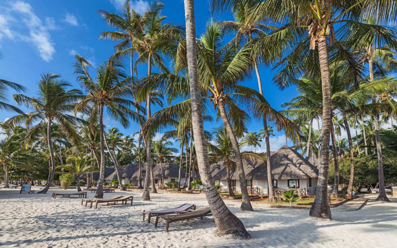 ZANZIBAR 4* Diamonds- Mapenzi Beach 7 Nights Deluxe Stay from R16 680 pp!