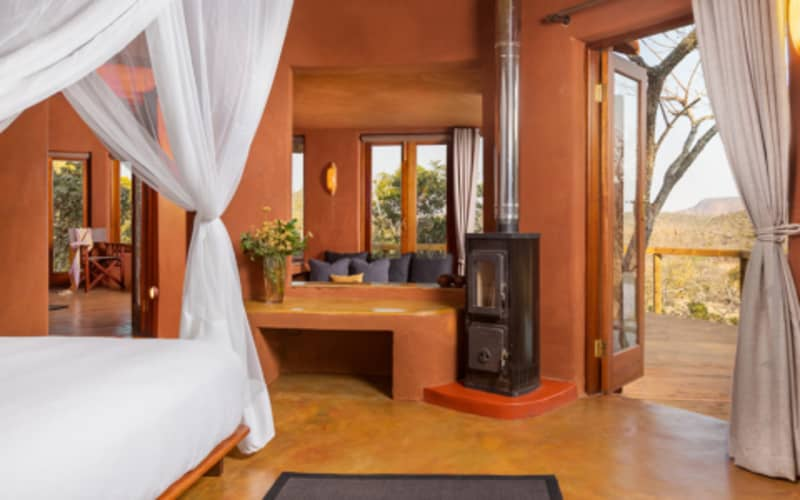 LESHIBA MOUNTAIN RESORTS- Venda Art Lodge - Brand NEW Lavish Suites: 4- 6 Night Stay for 2 from only R455 PP PER NIGHT!